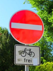 Einbahnstraße für Fahrradfahrer